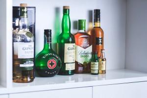 bottles-792045_640